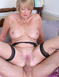 This Amateur Mature is the slut of your dreams